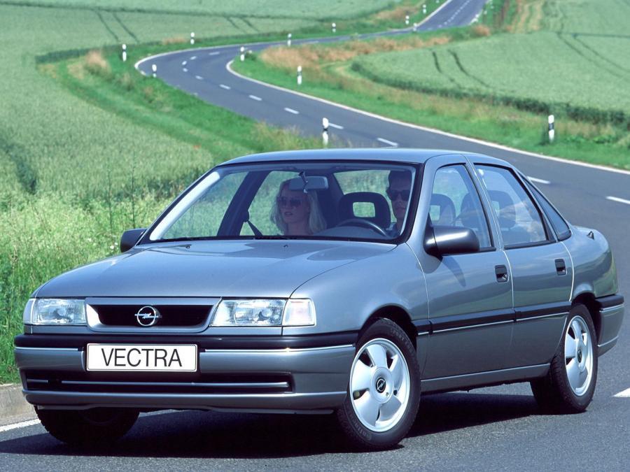 Обзор легкового автомобиля Opel Vectra А